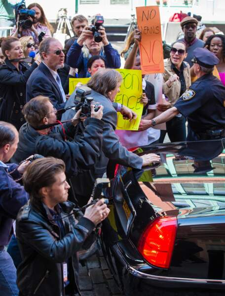 L'agitation médiatique, bien représentée devant la caméra de Ferrara