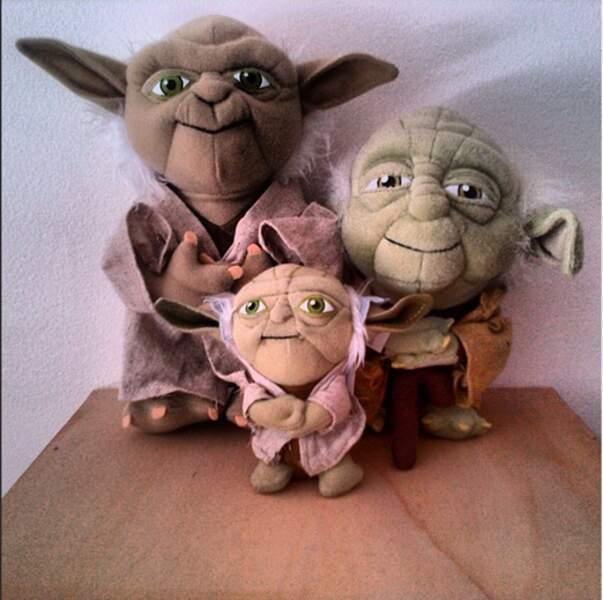 Booba aime ses peluches de Maître Yoda