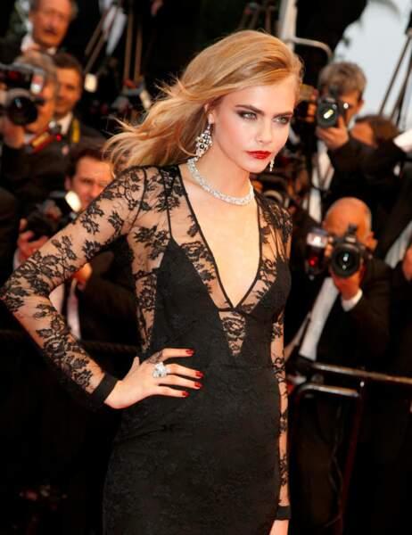 Palme du soutien-gorge qui est parti en vacances avec la culotte d'Eva Longoria: Cara Delevingne