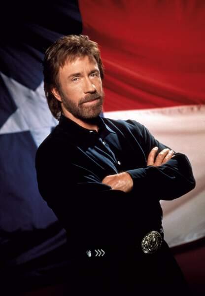 À quoi ressemblent les stars des séries télé des années 90 - Walker, Texas Ranger
