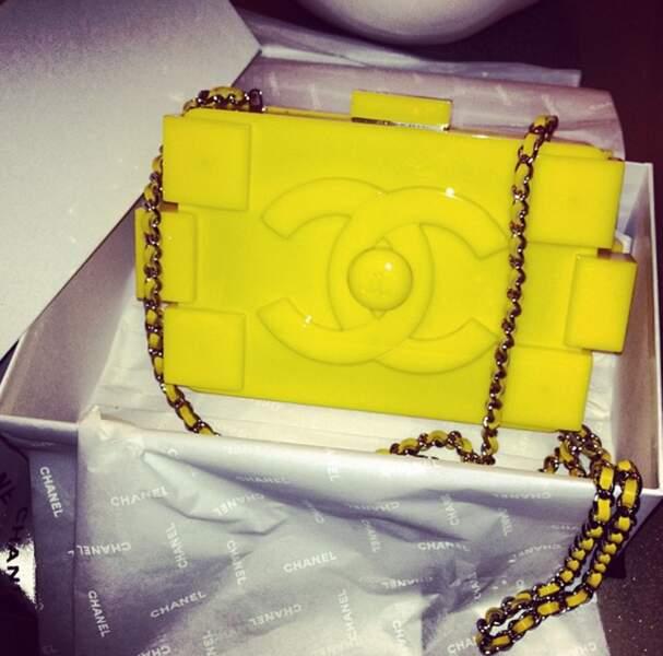 Chanel a offert ce sac à Rihanna