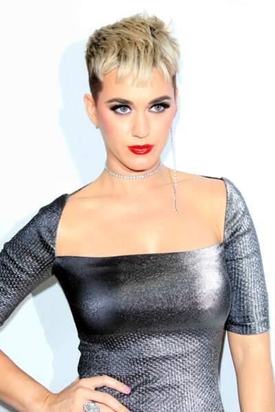 La micro frange de Katy Perry