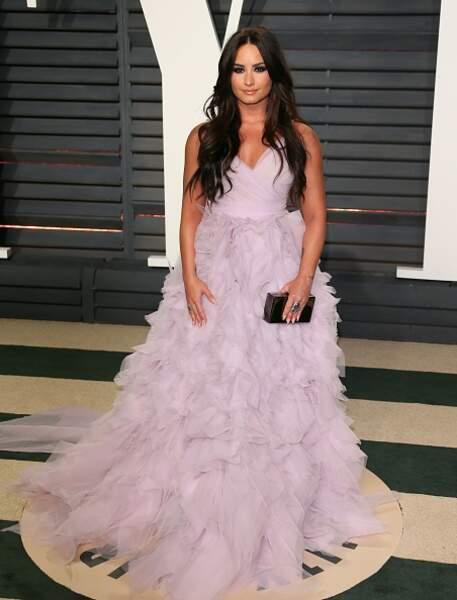 Do : Demi Lovato et sa robe féerique