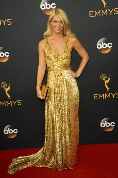 Emmy Awards 2016 : Claire Danes déguisée en lingot d'or (ou en autobronzant, au choix)