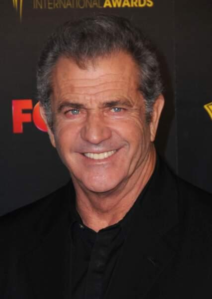 Mel Gibson est papa de 9 enfants, avec 3 femmes différentes. Il en a eu 7 avec son ex-femme Robyn Moore