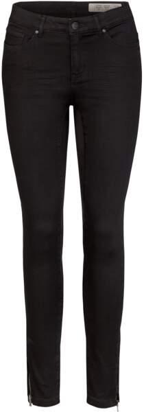 Super skinny noir, 11,99 €, Lidl Esmara by Heidi Klum
