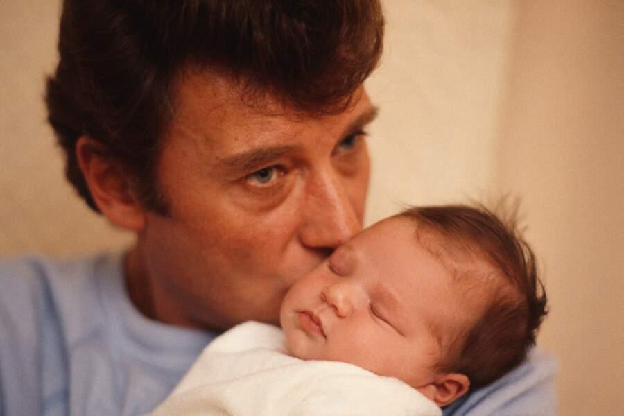 15 novembre 1983 : Laura Smet, la fille de Johnny Hallyday, voit le jour