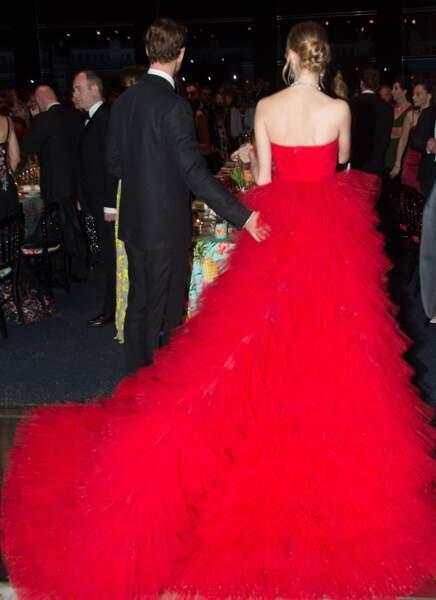 On peut la confondre avec le tapis rouge