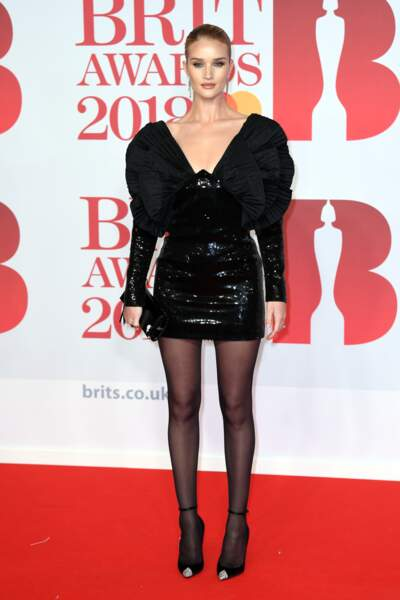 Rosie Huntington-Whiteley aux Brit Awards 2018, le 21 février à Londres