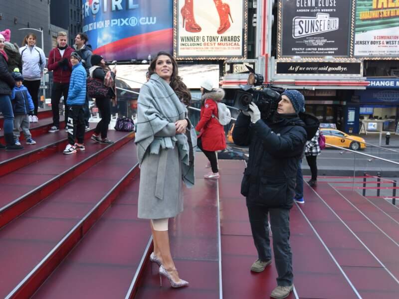 Iris Mittenaere : une touriste pas comme les autres à New York