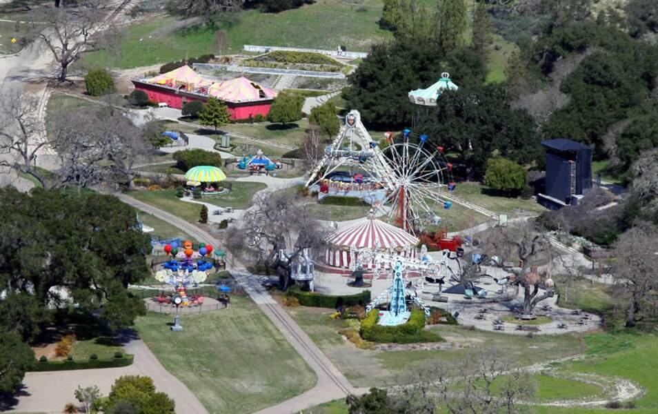 Le parc d'attractions est fermé et son état se dégrade