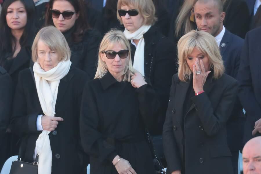 Brigitte Macron et la famille de Charles Aznavour à l'hommage national aux Invalides