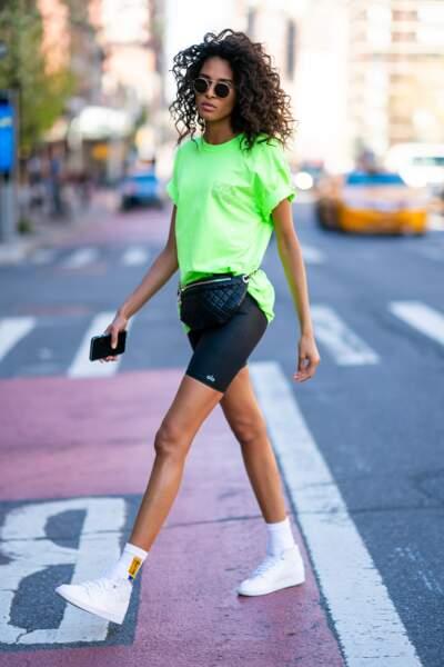 DON'T : Cindy Bruna et son total look sport