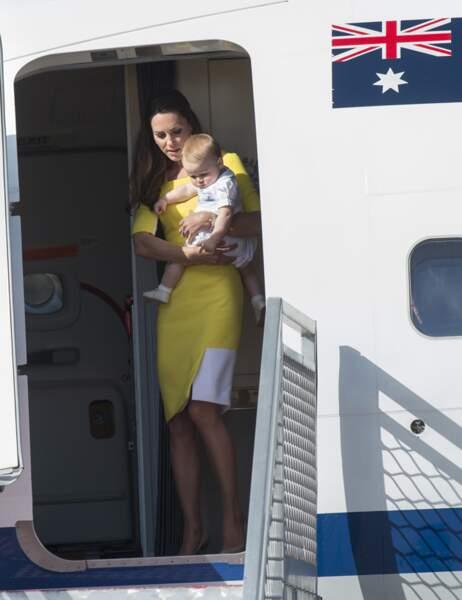 C'est sous un grand soleil que la petite famille atterrit à Sydney