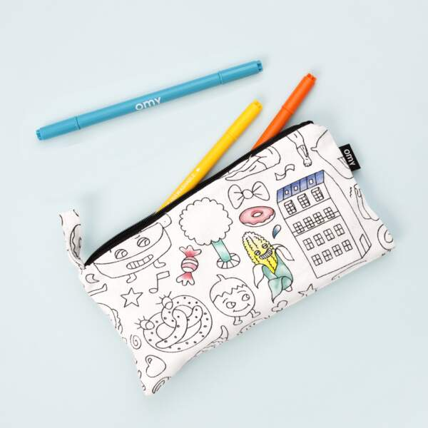 Trousse coloriable. 8,50€, OMY.