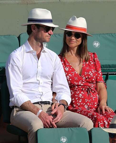 Pippa Middleton enceinte, elle dévoile ses premières rondeurs à Roland Garros avec James Matthews