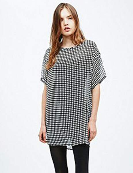 Robe Renewal Vintage sur Urban Outfitters : 50€