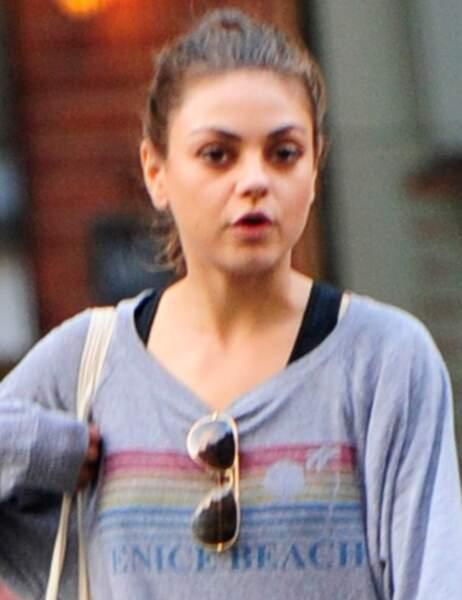 Mila Kunis en balade