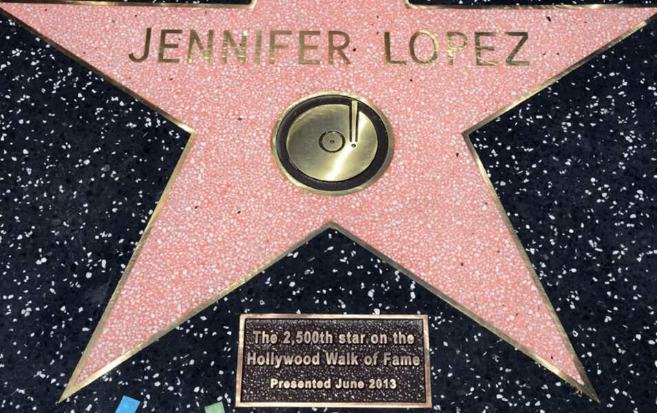 L'étoile de Jennifer Lopez sur le walk of fame