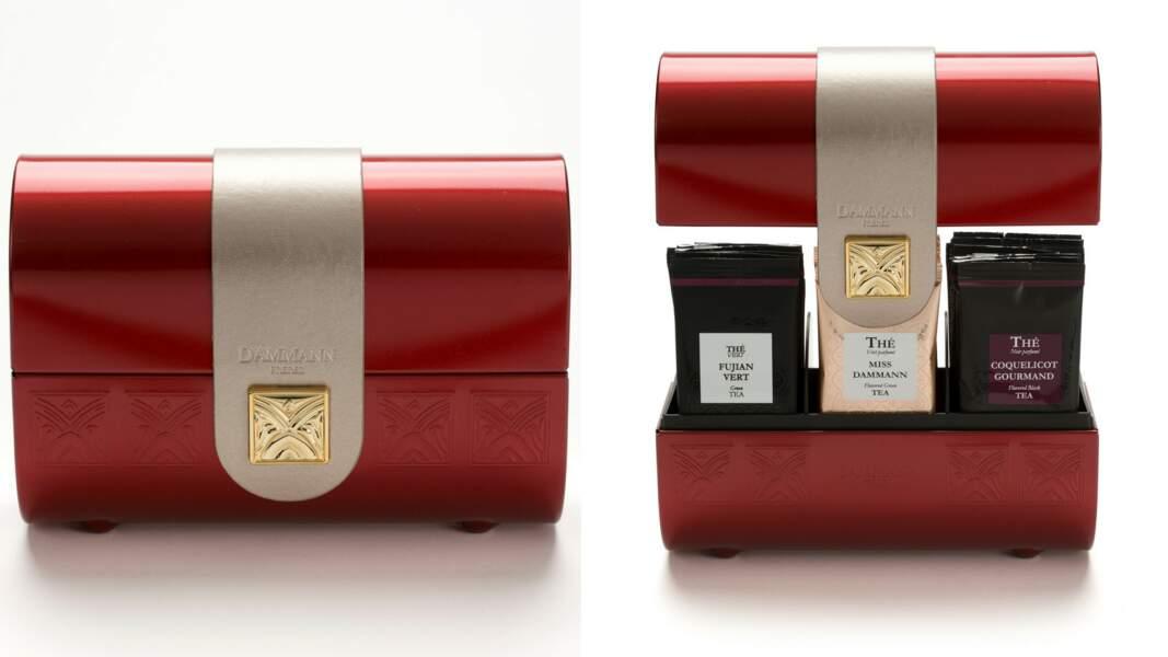 Coffret Pourpre. Contient 36 sachets de thés noirs, verts et oolong, 34 €, Dammann Frères.