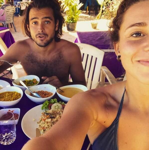 Jérémy et Candice à table