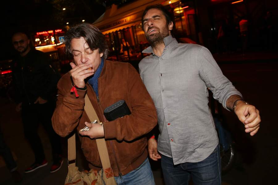 Thibault de Montalembert et Gregory Montel à la fête de fin de tournage de la saison 3 de Dix pour cent, à Paris