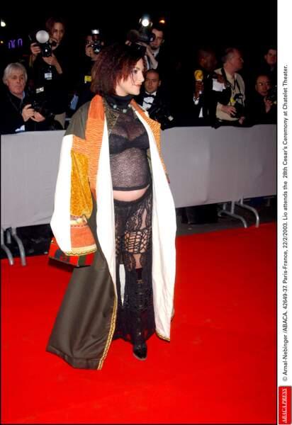 Lio en 2003 [ insérez ici votre propre appréciation de sa tenue et de ses cheveux gaufrés ]