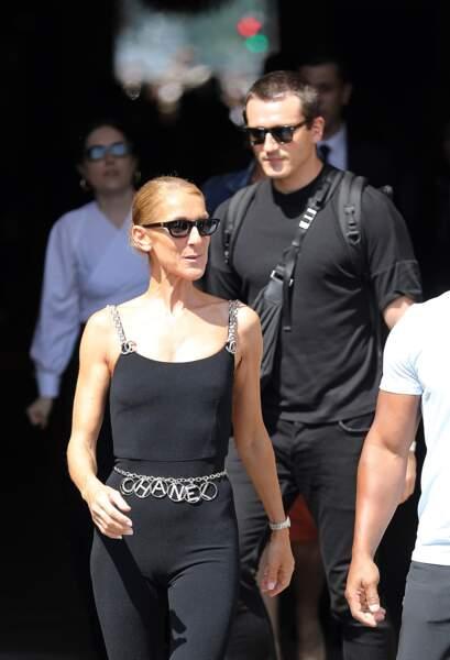 Celine Dion (et Pepé Muñoz) en combinaison Chanel à 3870 euros