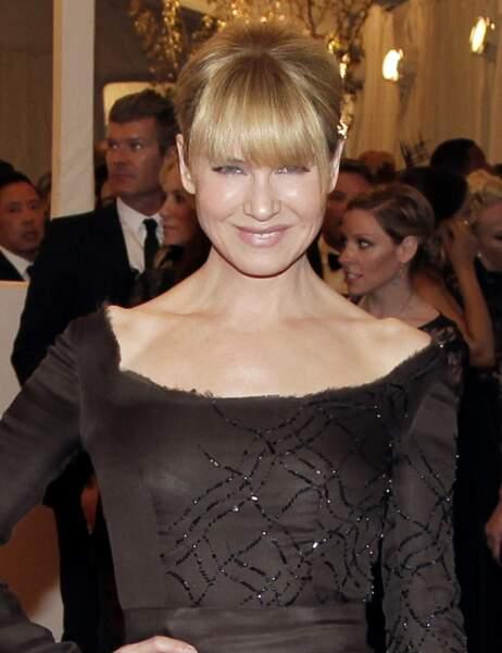 En mai 2013, Renée Zellweger, planquée sous sa frange, ressemblait encore un peu à l'actrice que l'on connaissait