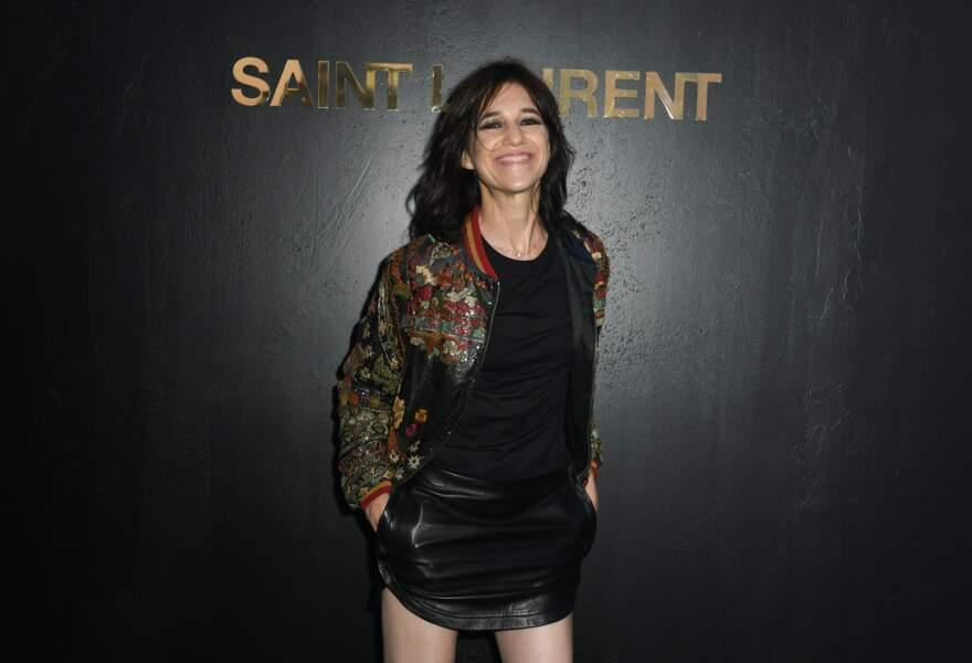 Charlotte Gainsbourg au défilé Saint Laurent à la fashion week de Paris, le 25 septembre