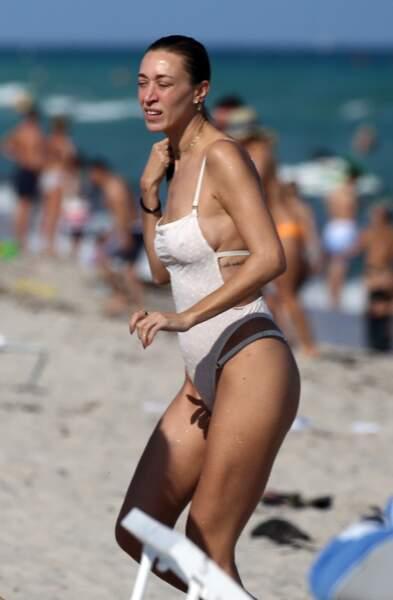 Les sœurs de Gigi et Bella Hadid en maillot de bain : Alana Hadid à Miami