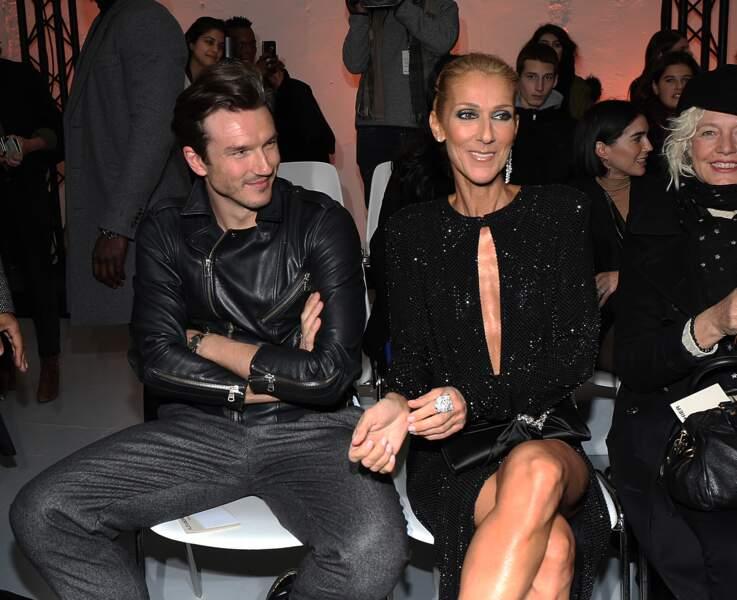 Céline Dion et Pepe Muñoz complices pendant le défilé Haute Couture d'Alexandre Vauthier