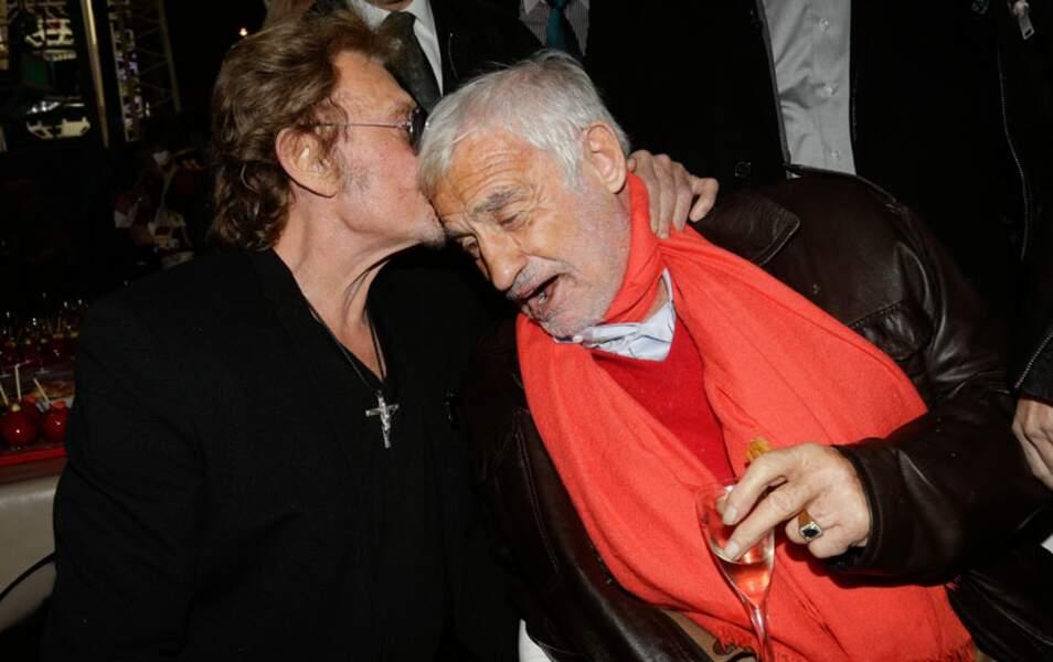 Lorsque Johnny Hallyday retrouve Jean-Paul Belmondo, l'affection est à son comble