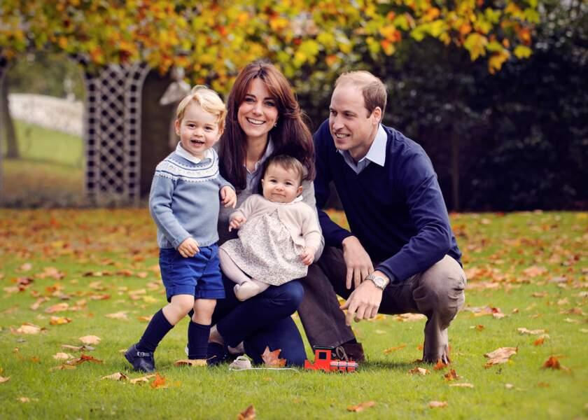 Nouvelle photo de famille en octobre 2015, peu de temps après la 1ère rentrée scolaire de George