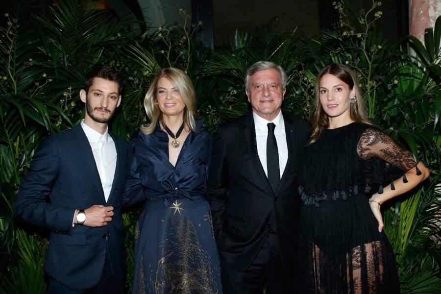 Pierre Niney au Dîner des amis de CARE avec Arielle de Rothschild, Sidney Toledano et Natasha Andrews