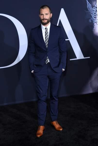 Jamie Dornan est très sexy, et l'on voit poindre un semblant de début de calvitie