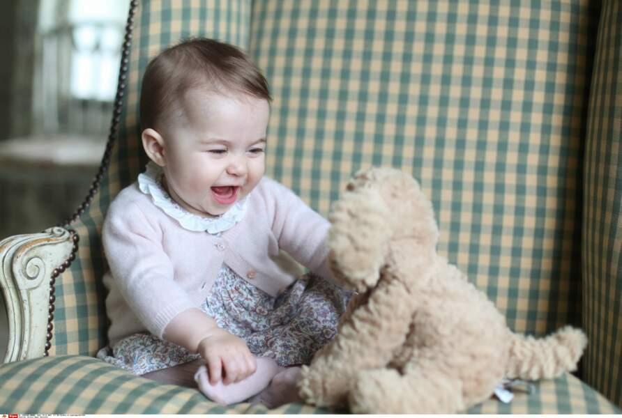 Charlotte à 6 mois