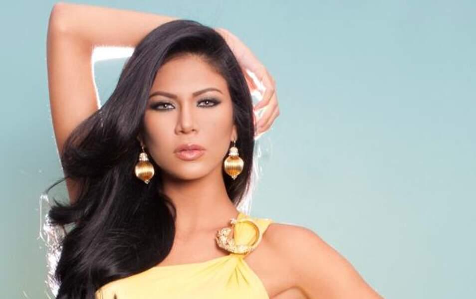 Miss Vénézuela Karen Soto, 21 ans, 1m78