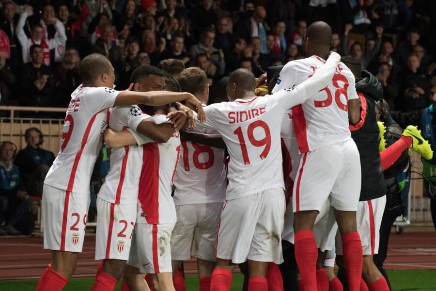 AS Monaco vs Manchester City : Les footballeurs de l'AS Monaco célèbrent leur victoire