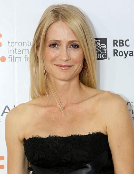 Kelly Rowan a maintenant 48 ans