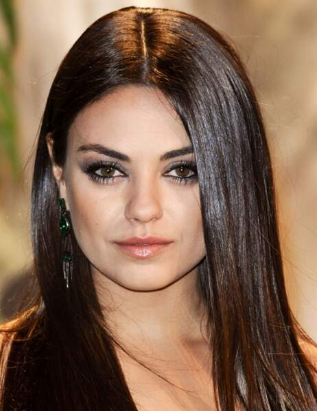 Mila Kunis en soirée