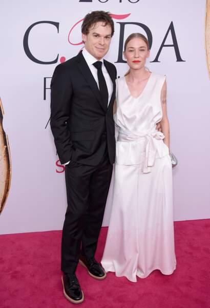 CFDA Fashion Awards : le couple qui aurait bien besoin d'une cure de JuvaBONNEmine - Michael C. Hall et sa femme