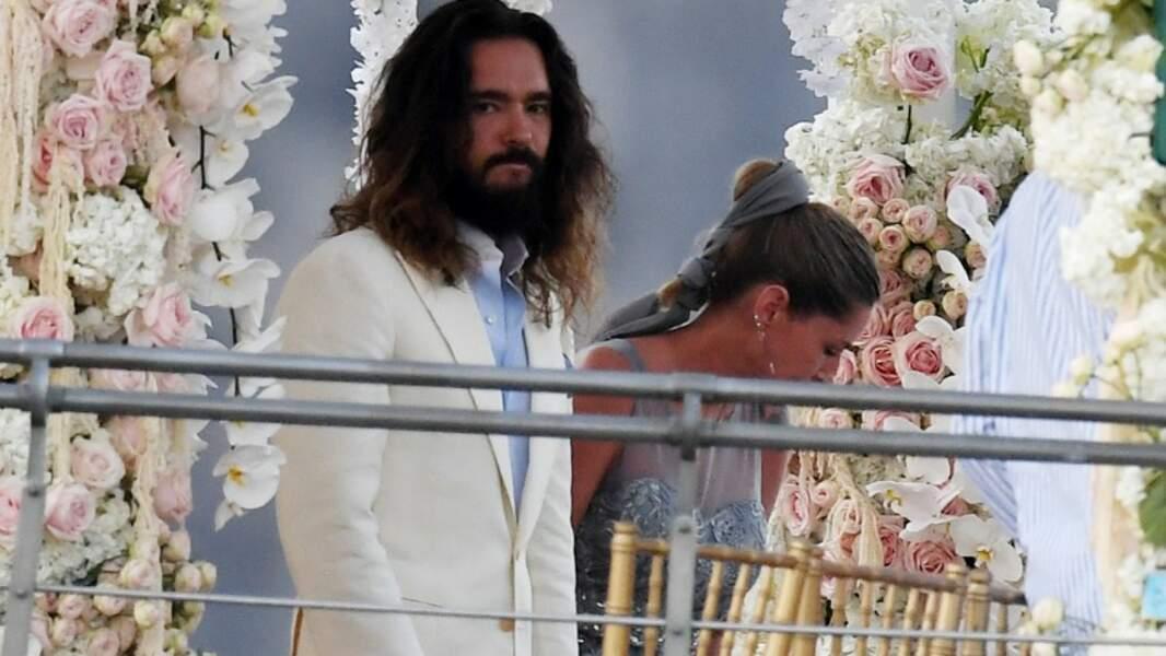Tom Kaulitz attendant sa belle      (© BS / Bestimage)