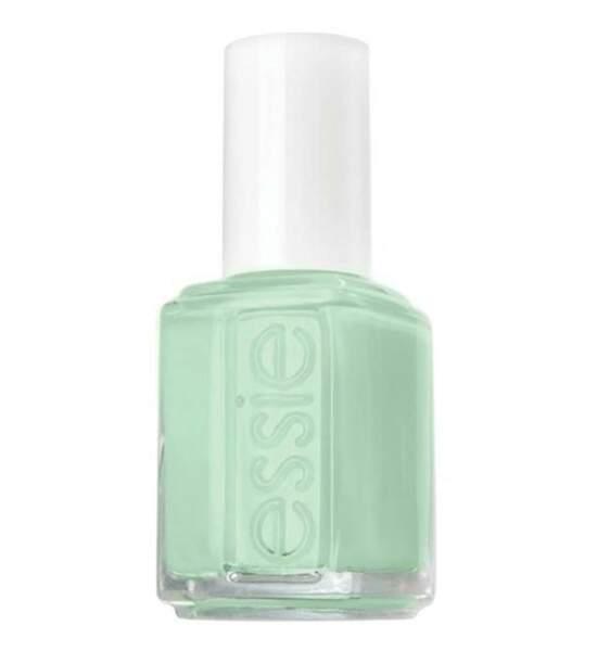 Vernis à ongles vert pastel, Essie, 15,30€ aux Galeries Lafayettes