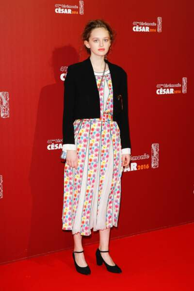 """Lily Taïeb qui arrivait donc directement d'un entretien d'embauche chez """"La mode c'est passé de mode"""""""