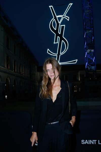 Fashion Week défilé Saint Laurent : le top Malgosia Bela