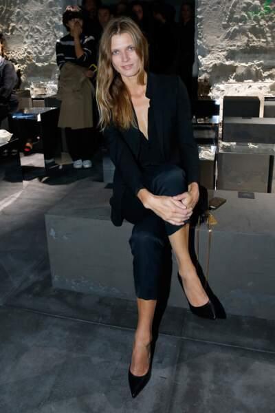 Fashion Week défilé Saint Laurent : Malgosia Bela avait choisi le smoking made in Saint Laurent