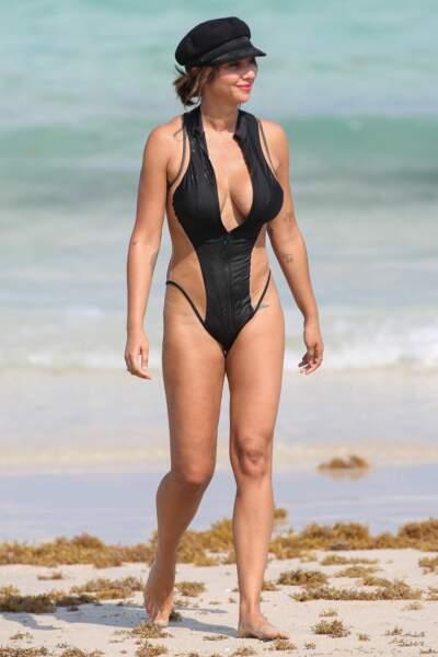 Jackie Cruz d'Orange is the New Black : son trikini trompe-l'oeil tombe à l'eau