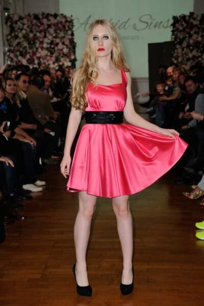 En robe rose