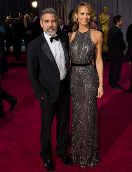 George Clooney et Stacy Keibler à la dernière cérémonie des Oscars à Los Angeles